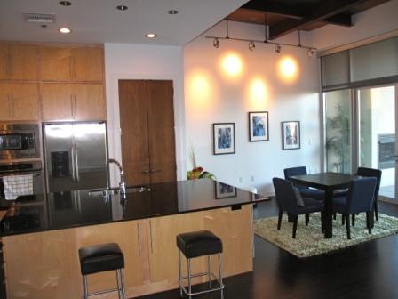1BD/2BA Luxury Downtown Dallas Loft