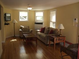 1BD/1BA + Office SF Pacific Heights Victorian Condo