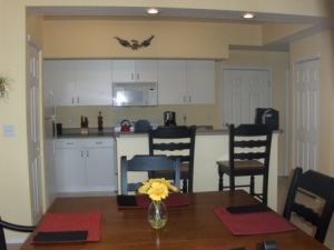 1BD/1.5BA Town home In Gated Highlands Ranch Community